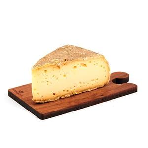 Latticini, salumi e formaggi